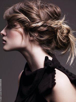Most-Popular-Hairstyles-for-Long-Hair-12