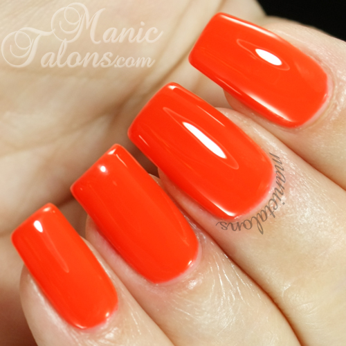 Manic Talons Nail Design: Madam Glam UV Gel (Soak Off Gel
