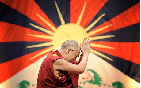 EL  DALAI LAMA ¿MÍSTICO O FARSANTE? - Página 2 Dalai_lama