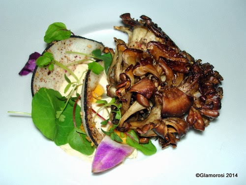 Whole Roasted Hen of the Woods Mushroom at Will