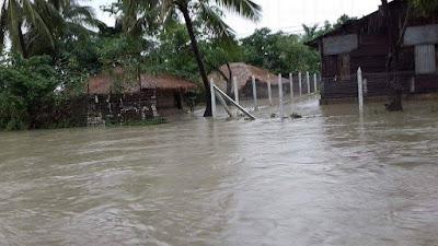 Sudah kebanjiran, Muslim Rohingya juga diblokade