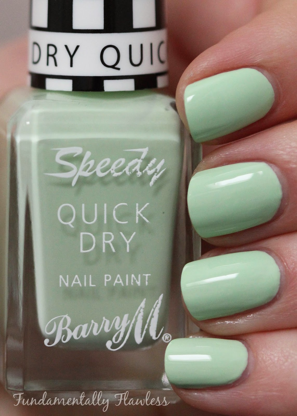 Barry M Pole Position speedy dry swatch - pastel green