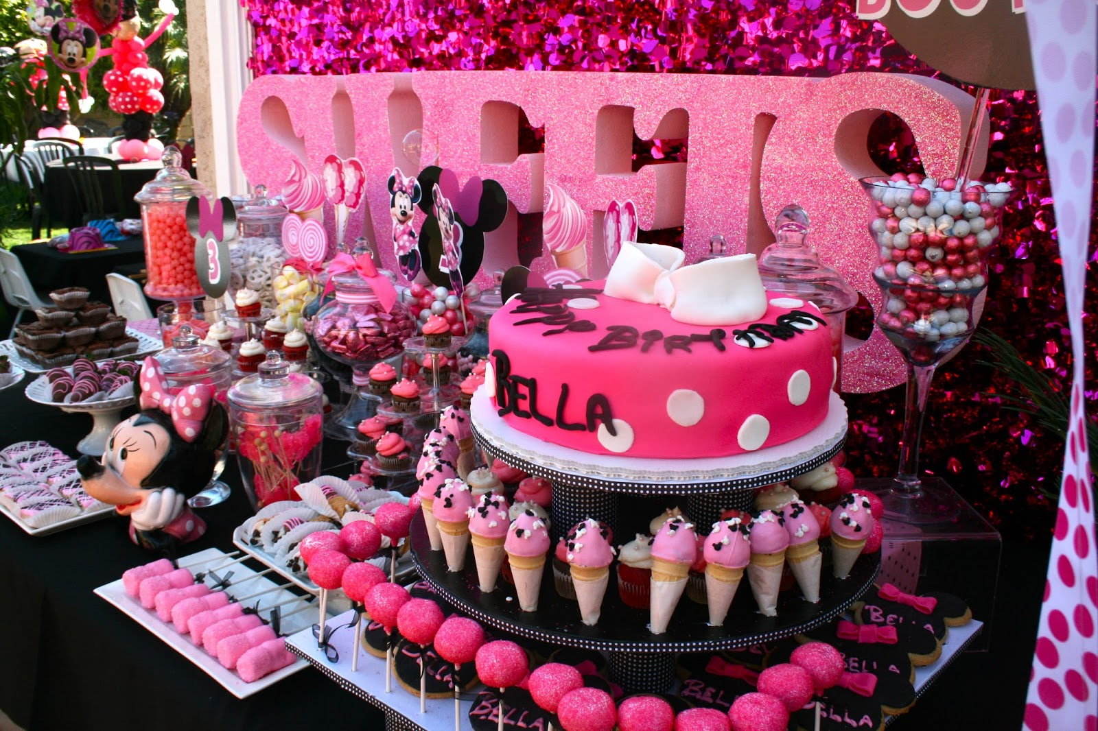 Custom Decor Desserts Disney Theme Favors Hollywood Candy Girls Minnie Mouse Birthday Party Ideas Outrageous Kids Parties Pink Buffet Bar