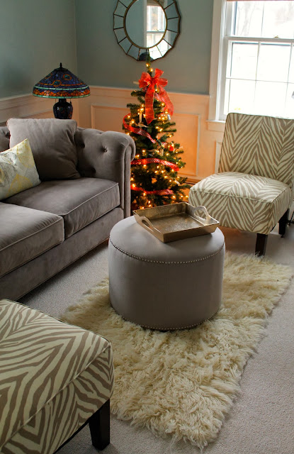 decorating a small living room, sitting room, neutral living room