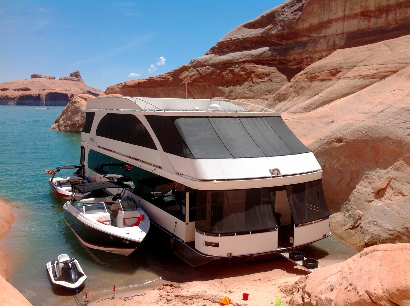 Boats For Sale 2012 Bravada Gt 2275 Houseboat For Sale