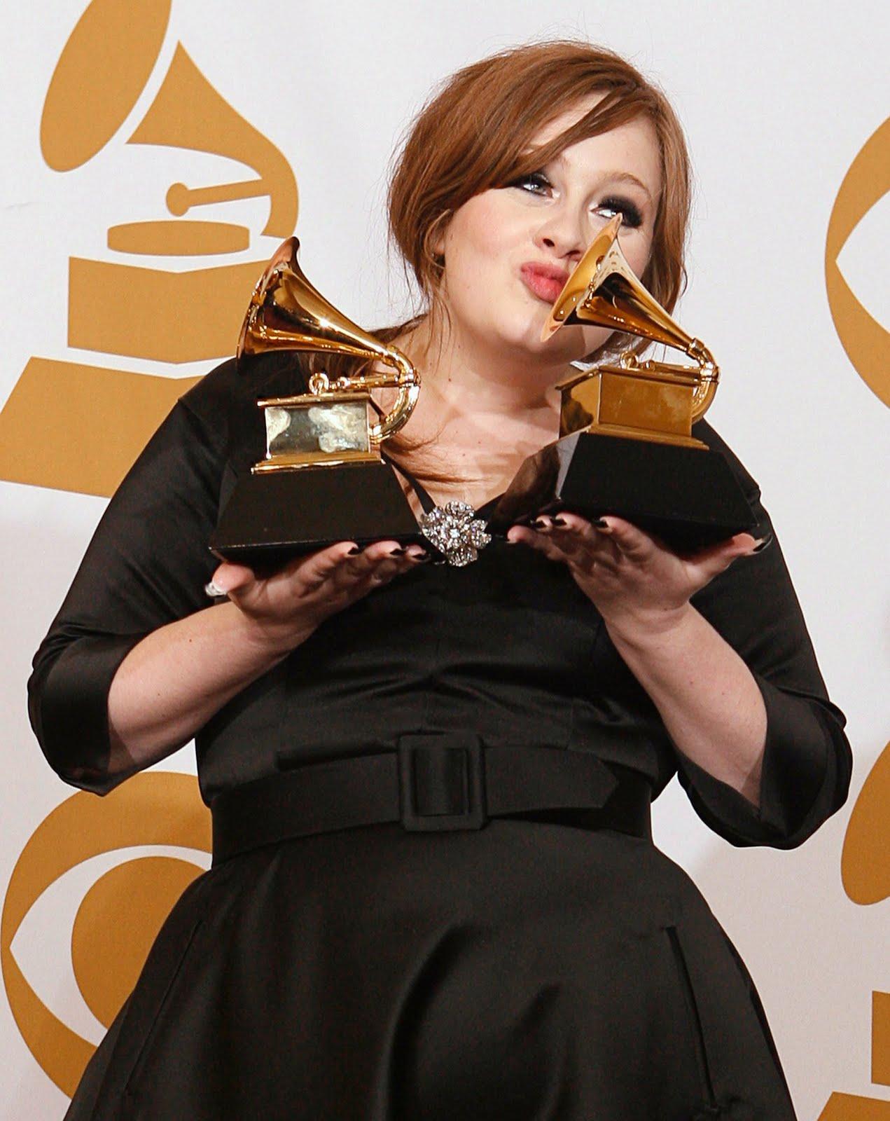 http://2.bp.blogspot.com/-XZpxrQpNMrg/TovofcWH0sI/AAAAAAAAFek/XOhkZC1vAIA/s1600/adele_awards.jpeg