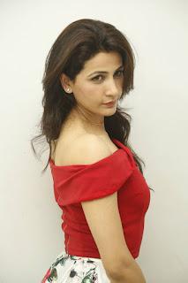 Anushya Stills (26).jpg