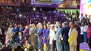 Danilo Medina inicia su campaña por un segundo período presidencia