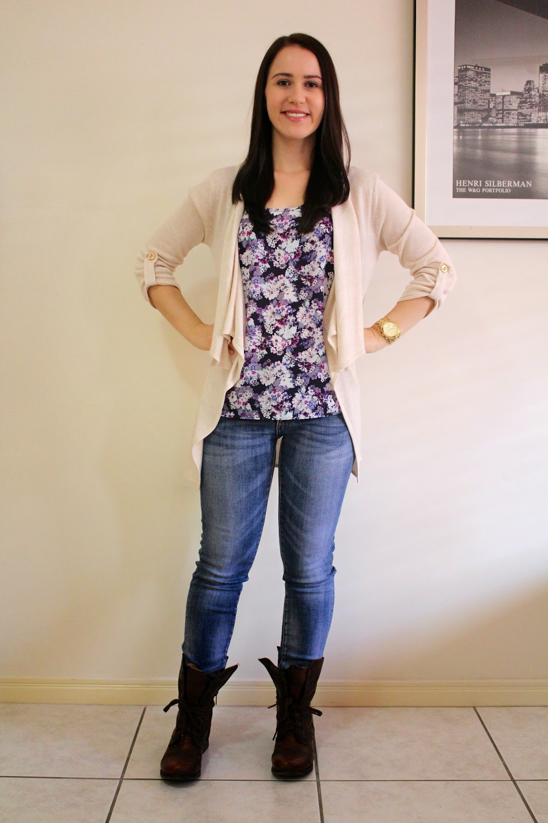 Light wash denim jeans, purple floral tank top, cream cardigan, brown/tan combat boots, gold michael kors watch, pandora rings, everyday outfit, uni outfit, college outfit, petite outfit, fall outfit