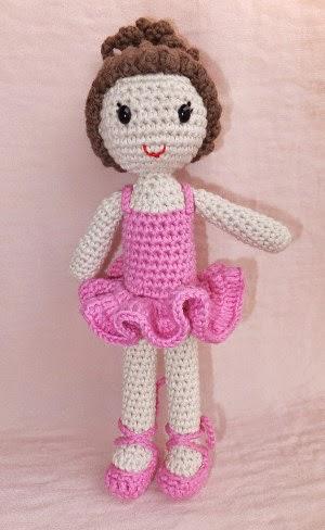 2000 Free Amigurumi Patterns: Ballerina crochet pattern