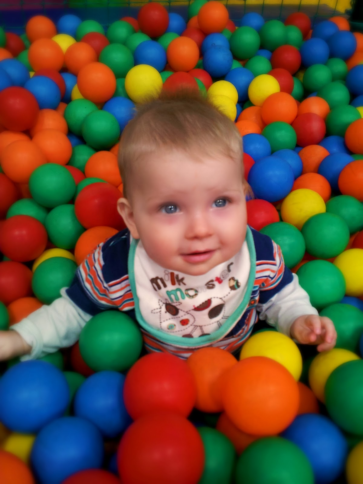 Squishy Play Ball : The Adventure of Parenthood: soft play
