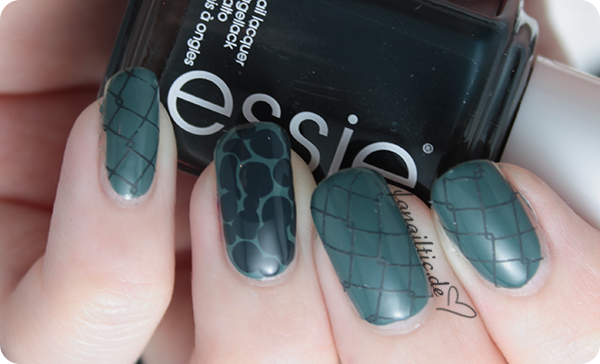 "essie ""fall in line"" + ""the perfect cover up"" dress to kilt blobbicure"