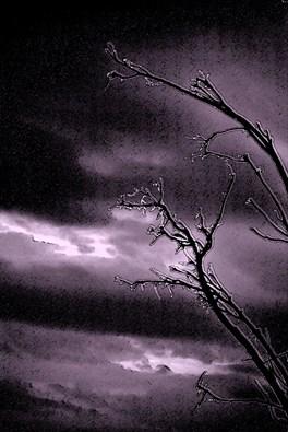 τώρα αρχίζει η επόμενη μέρα, όταν η βροχή κοπάζει τα δάκρυα ξενυχτάνε.
