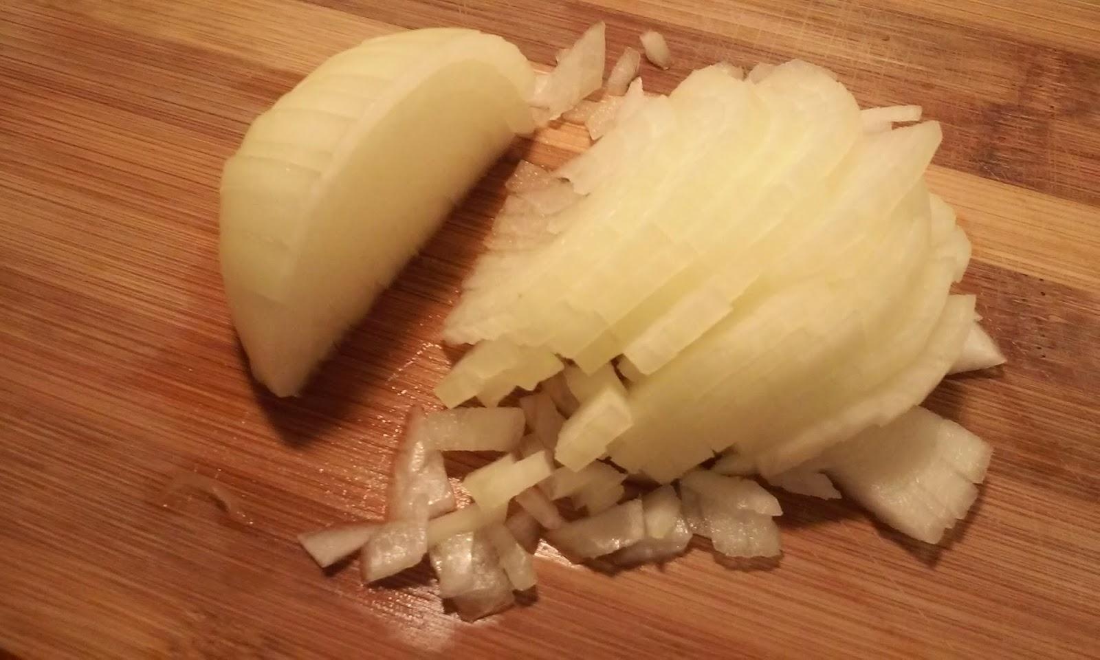 picamos media cebolla
