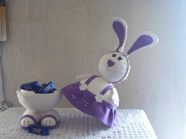 Coelha porta bombom