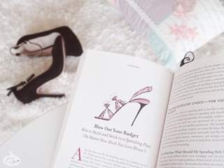 http://www.cz-loves.com/2014/05/now-reading-without-jimmy-choo.html