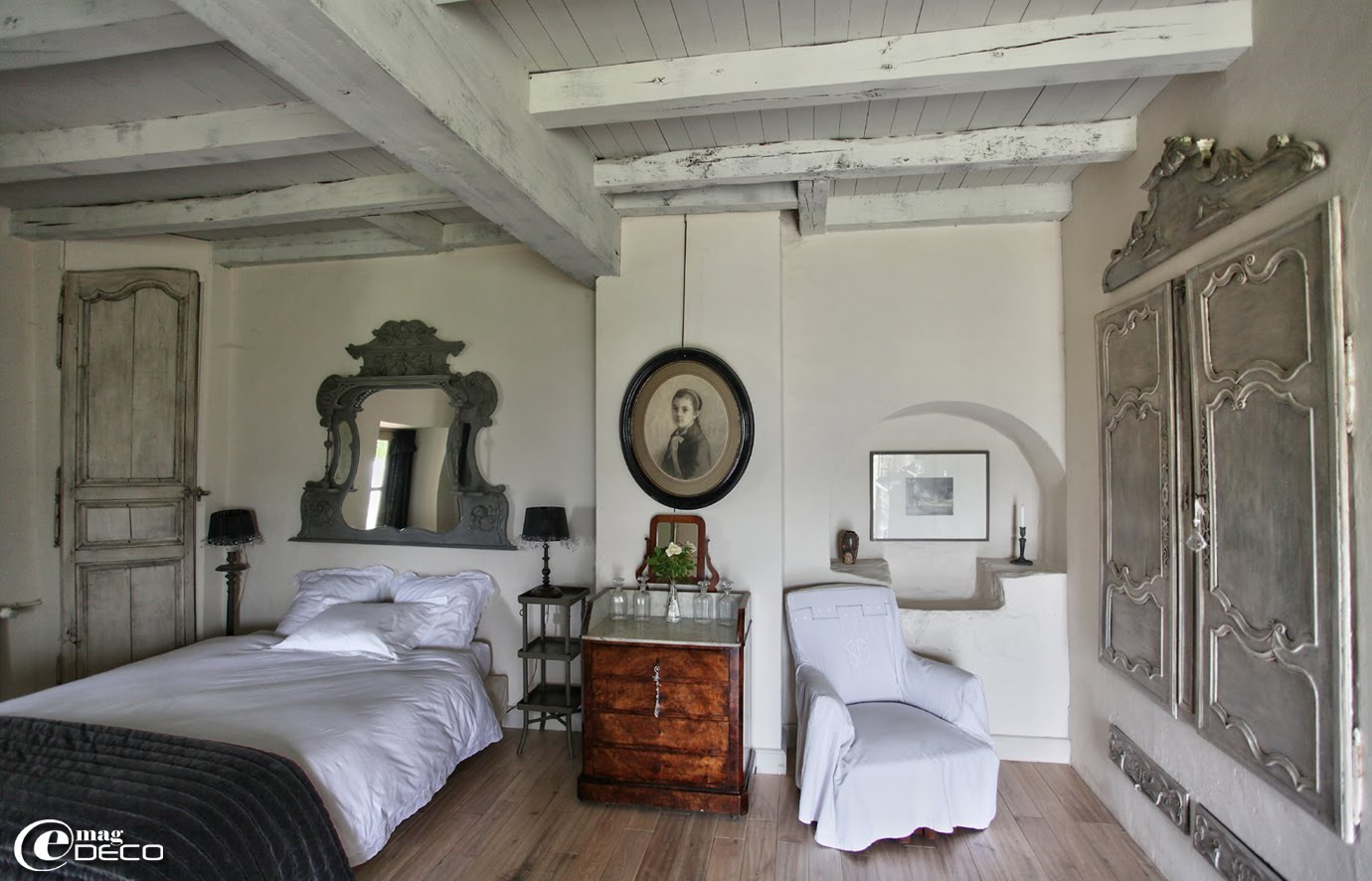 D cor de provence needing a vacation for Poutre decorative plafond