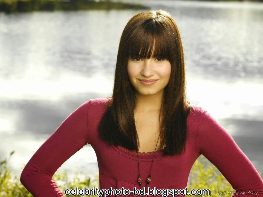 Actress+Demi+Lovato+Photos017