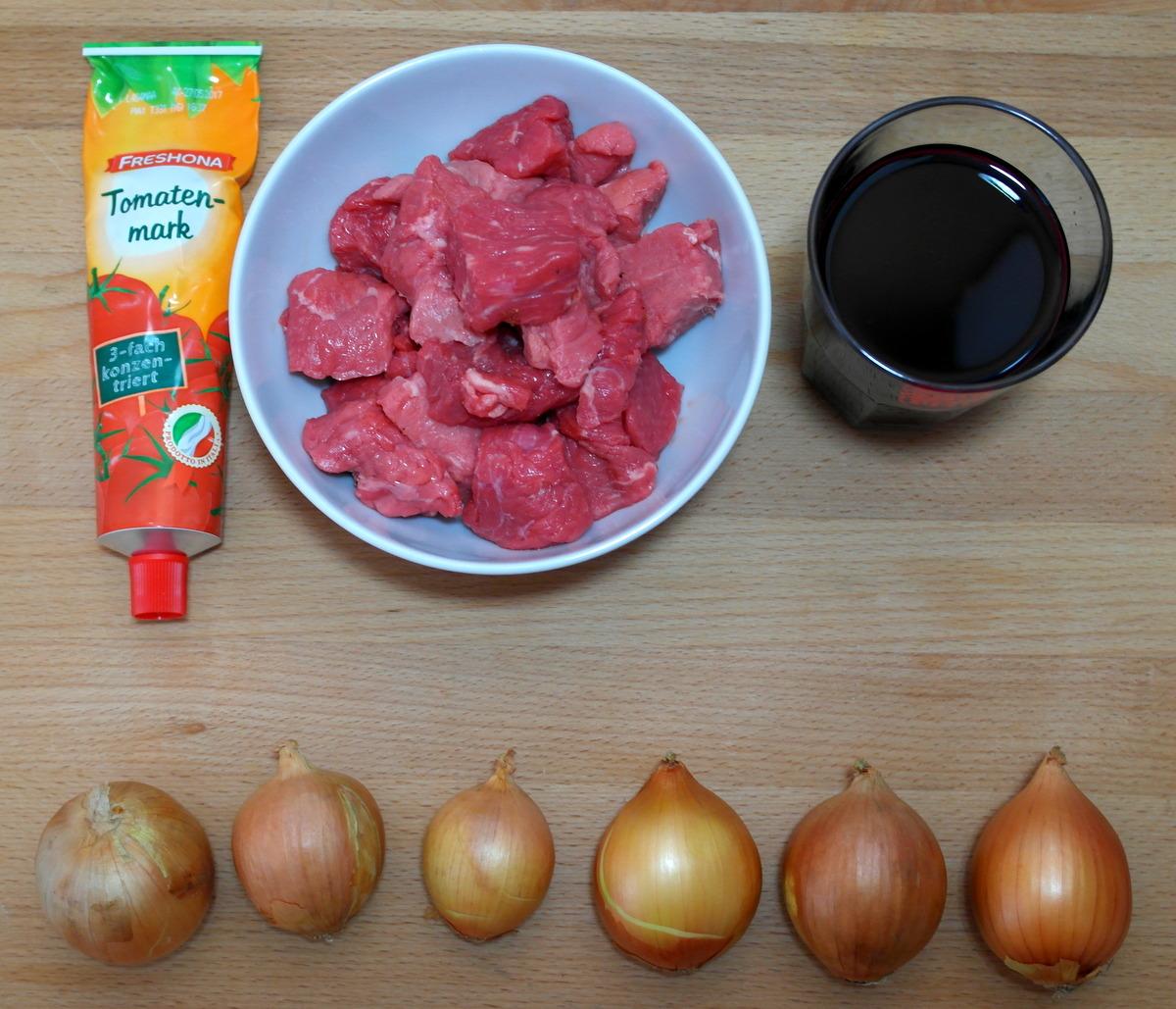 Carpe culina es wird kalt zeit f r gulasch for Gewurze fur gulasch