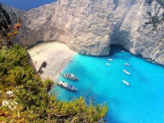 شاطئ السفينة من اجمل مناطق العالم السياحية !
