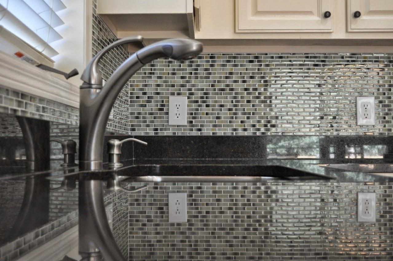 Glass Kitchen Tile Backsplash Ideas