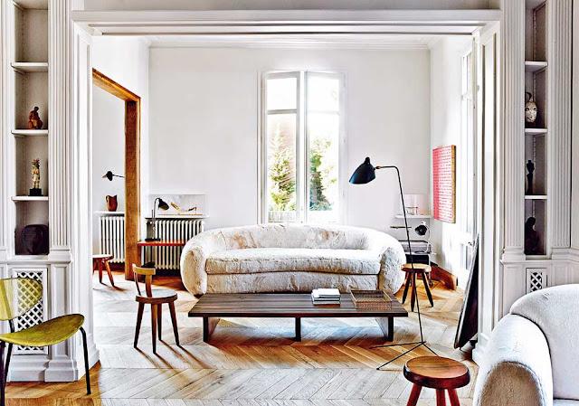 Barcelona Apartment by Miquel Alzueta