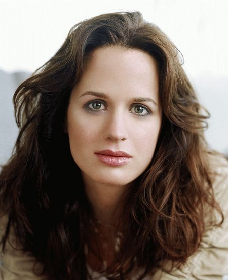 Elizabeth Reaser's Hairstyles Whats Your Favorite