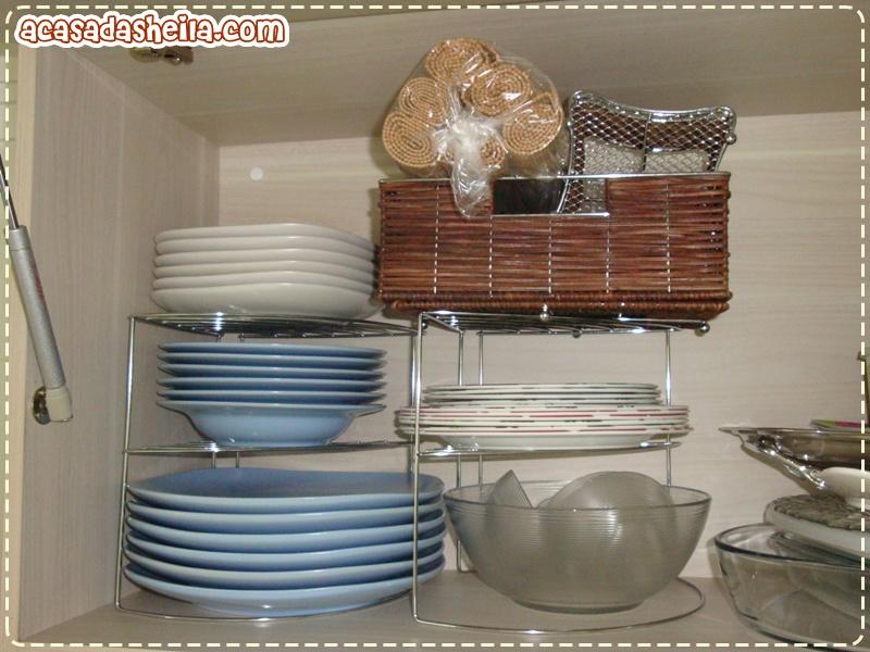 A casa da sheila organizando os arm rios da cozinha - Organizadores de armario ...