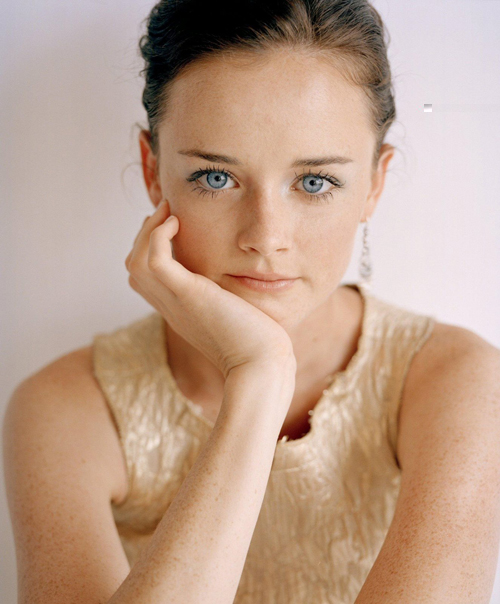 Alexis Bledel Hairstyle 16
