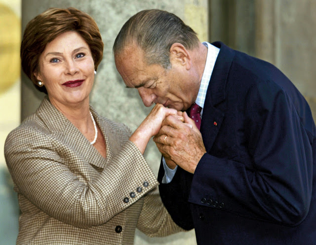 Etiquipedia etiquette of bows kissing and handshaking for ladies jacques chirac clasping and kissing the hand of laura bush m4hsunfo