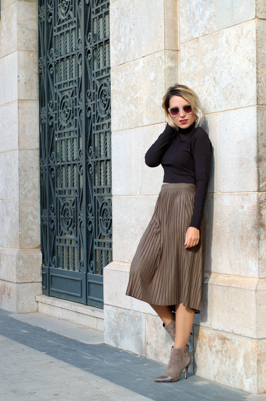 mod.Kenya Magrit Suede Skirt and Biker
