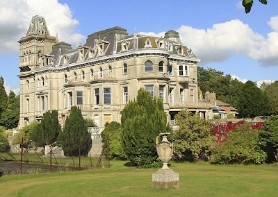 Homes of Billionaires around the World