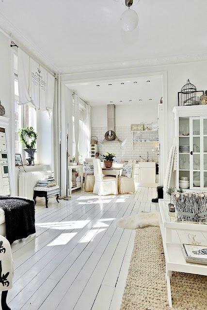 Dagmar's Home Feature