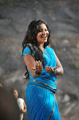 Anjali latest Glamorous photos in saree from svsc-thumbnail-10