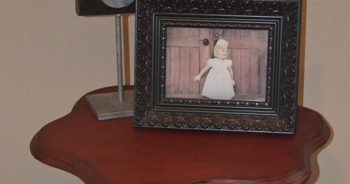 your little birdie my first annie sloan chalk paint project. Black Bedroom Furniture Sets. Home Design Ideas