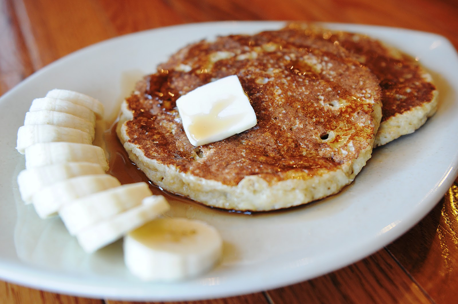"Meredith's Recipes: ""Crunchy"" Quinoa Banana Pancakes"
