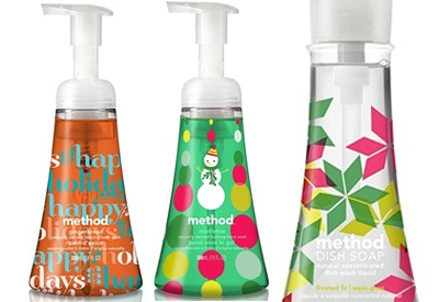 gingerbread and mistletoe hand wash frosted fir dish soap