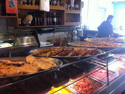 Almuerzos populares - Bandejas del Bar mutua del taxi de Valencia