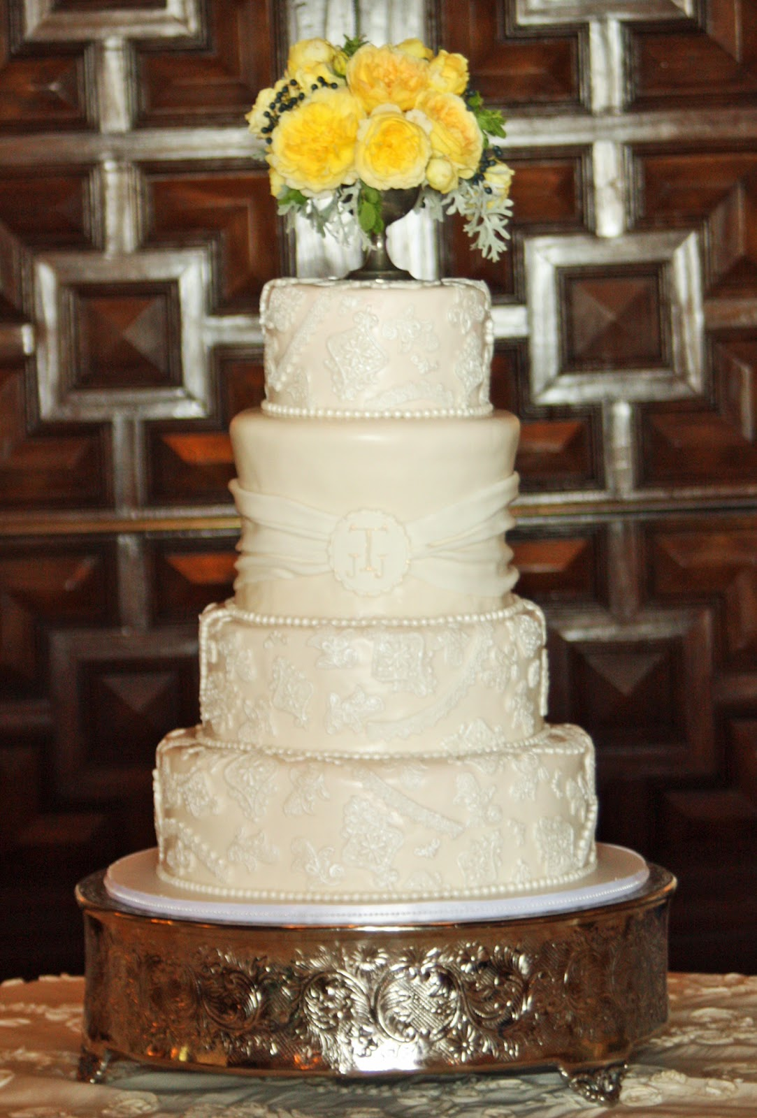 Most Beautiful Wedding Cake Viewing Gallery