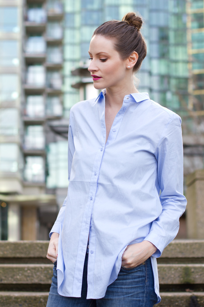 Vancouver Fashion Blogger, Alison Hutchinson, is wearing an H&M oversized light blue botton-up, Rich & Skinny boyfriend jeans and Zara black pumps