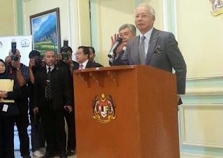 Barisan Kabinet 2015 yang baru diumumkan oleh PM Najib Razak sebentar tadi