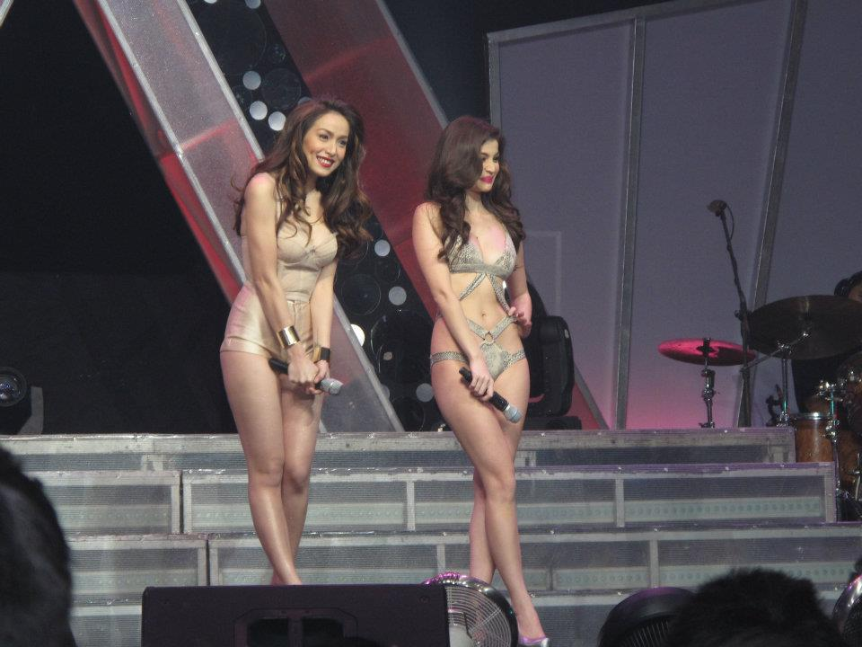 anne curtis performance in araneta concert
