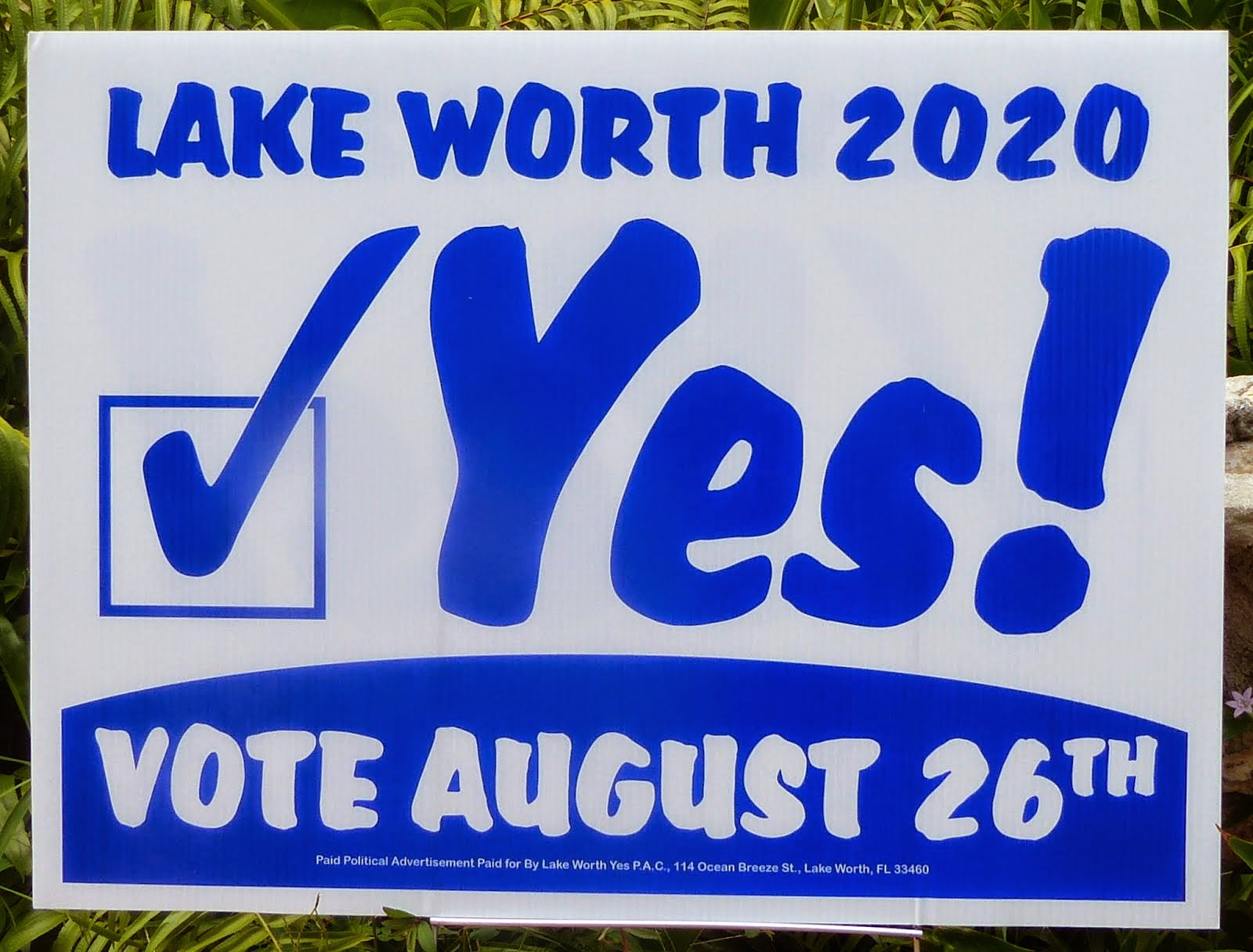 """Yes!"" signs, get your ""Yes!"" signs"