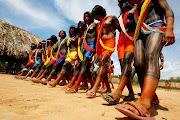 . de bem com a natureza e de corpos pintados que chamaram de índios. (indioskaiap )