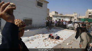 Syria: Two gay men stoned to death by ISIS militants and supporters