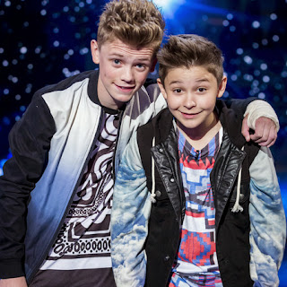 Lirik Lagu Bars and Melody Hopeful Lyrics