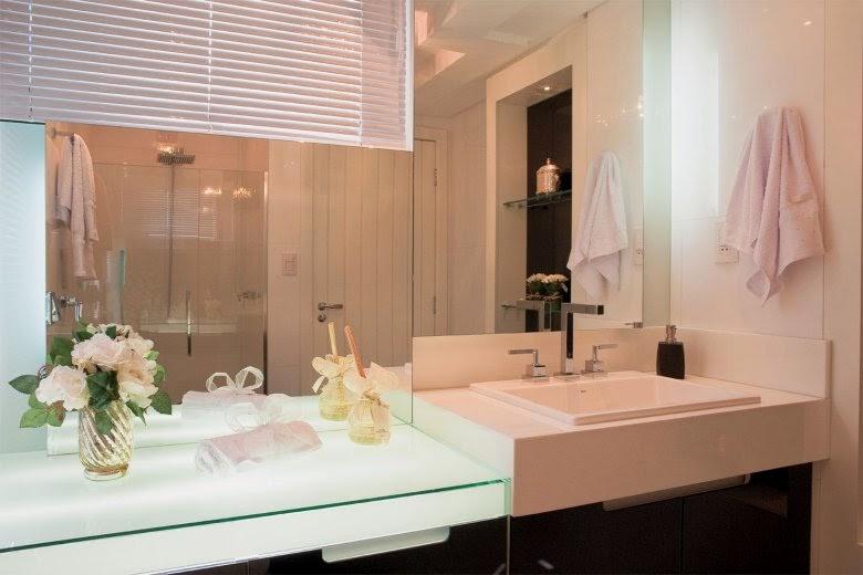 40 Bancadas de banheiroslavabos  veja modelos modernos e maravilhosos!  De # Decoracao De Banheiro Com Bancada De Vidro