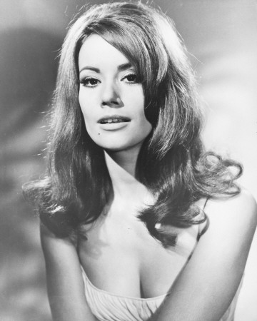 Claudine Auger Pictures5