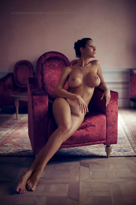 Lucia Javorcekova naked lingerie art