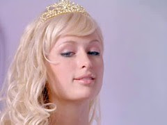 Пэрис Хилтон / Paris Hilton в эротической сцене в одном из фильмов